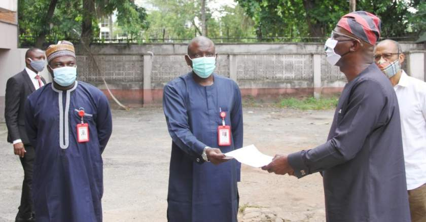 Sanwo Olu Lagos State Governor R Receiving The Property Documents From Rabo