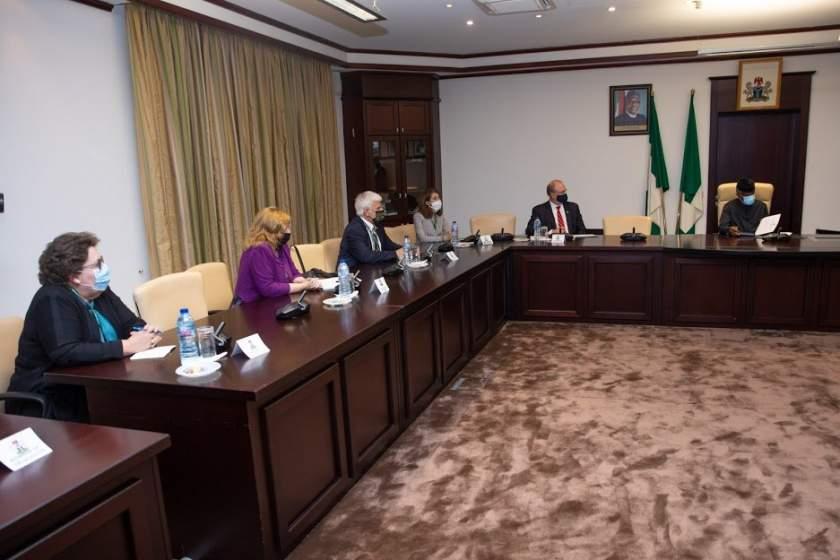 Delegation Meets Vp