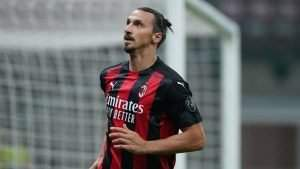 Ibrahimovic apologizes for red card after clash with Lukaku