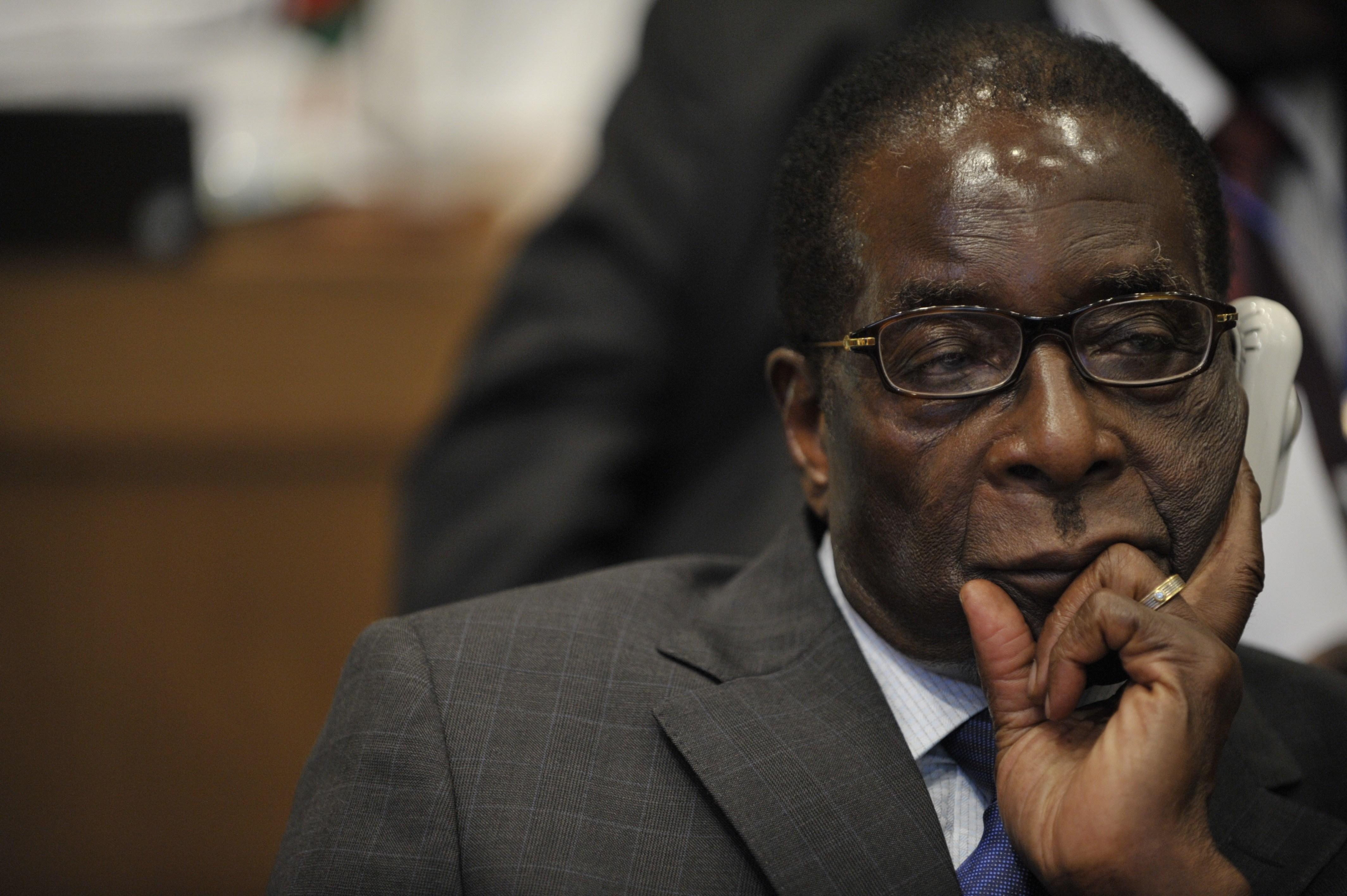 Robert_Mugabe_12th_AU_Summit_090202 N 0506A 411