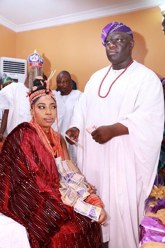 Ooni Wife 02