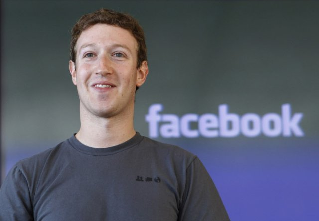 """""""My Goal For 2018 Is To 'Fix' Facebook"""" - Mark Zuckerberg Says."""