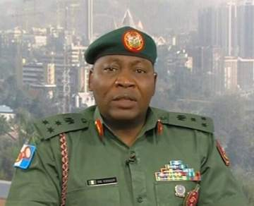 Nigerian Army Orders All Personnel To Learn Yoruba, Igbo And Hausa Before 2019