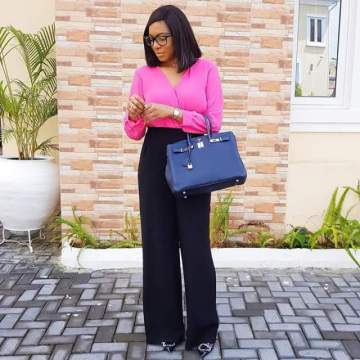 Actress, Chika Ike Flaunts Her Newly Acquired Hermes Bag In Lovely New Photos.