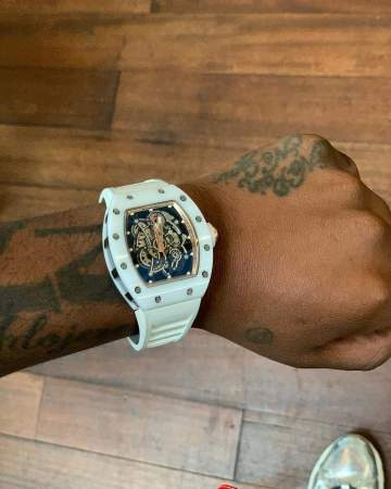 Davido shows off $300k watch as his early birthday gift