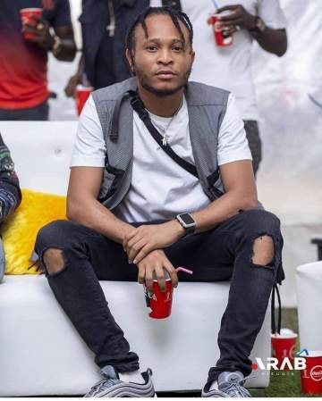 Viktoh shares new photo of his swollen eye after assault from Police
