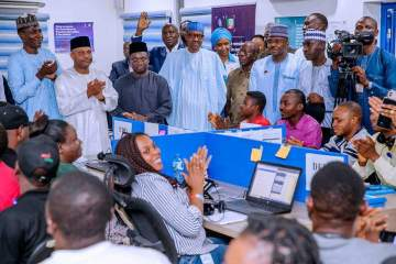 "Chants of ""sai baba"" fills the air as Buhari visits APC Situation room in Abuja. (video)"