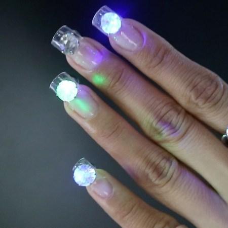 LED Disco Nails5?resize=450%2C450