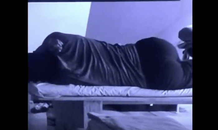 See What BBNaija Bisola Did With Balley Last Night When TTT Slept That Has Got People Hating Her Theinfong