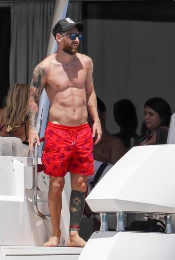 Lionel Messi Spends Quality Family Time On A Luxury Yacht (Photos)