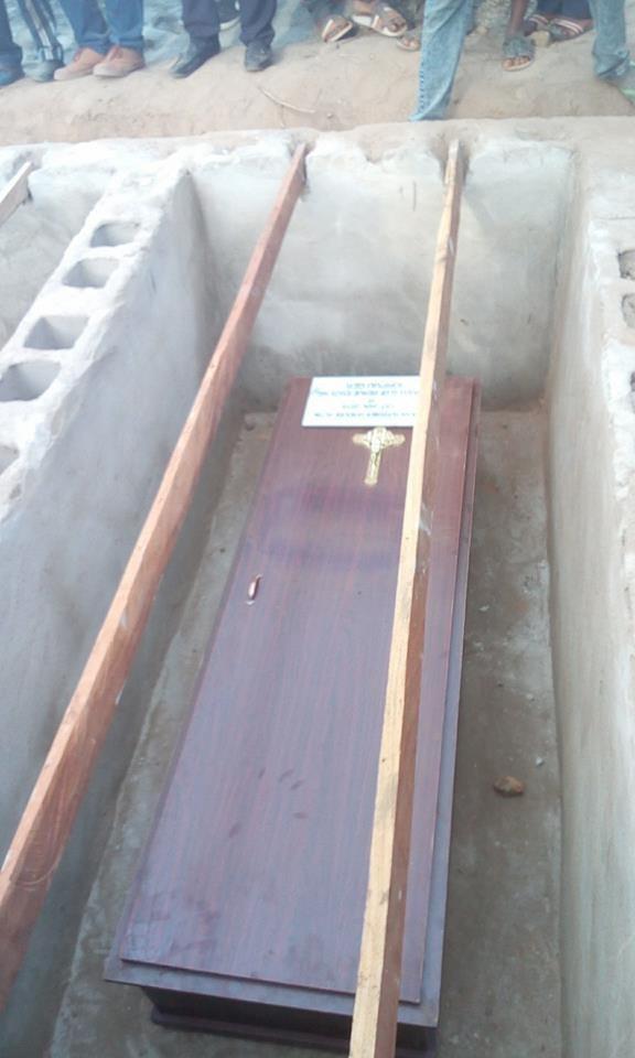 Mass Burial 07?resize=576%2C960