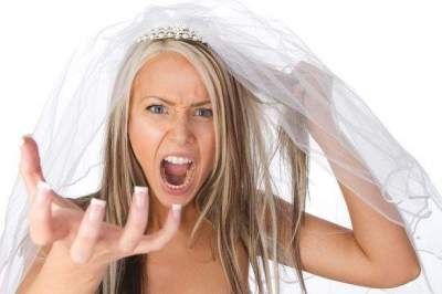 Groom cancels wedding after discovering his wife's reaction to her sister's miscarriage