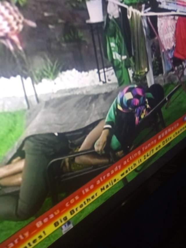 Seyi Sleeps On Tacha1