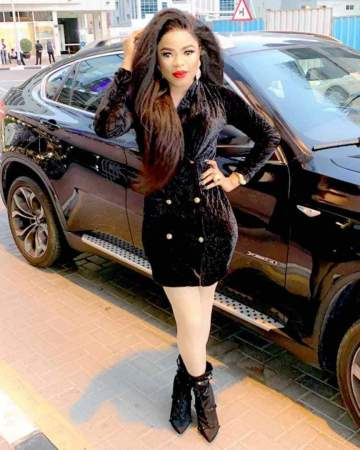 """I need to suck that man d**k till he c*m when am back to Nigeria"" - Bobrisky shows off Dior bag his ""bae"" sent to him"