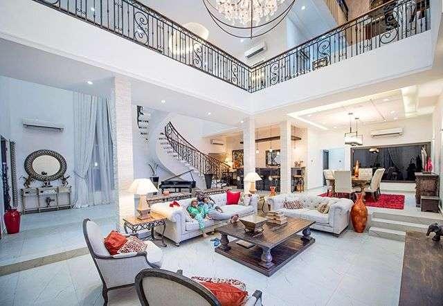 Celeb Mansion3