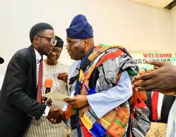 Young Nigerian man donates his only car for Atiku Abubakar campaign