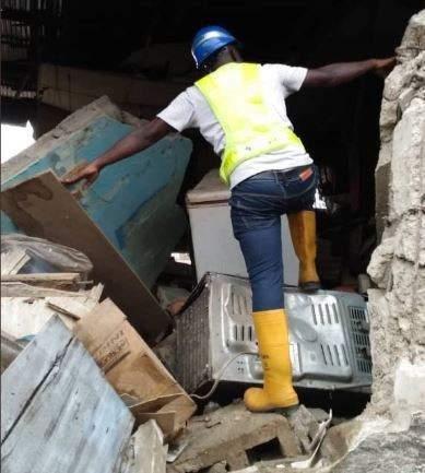 Collapsed In Lagoss1
