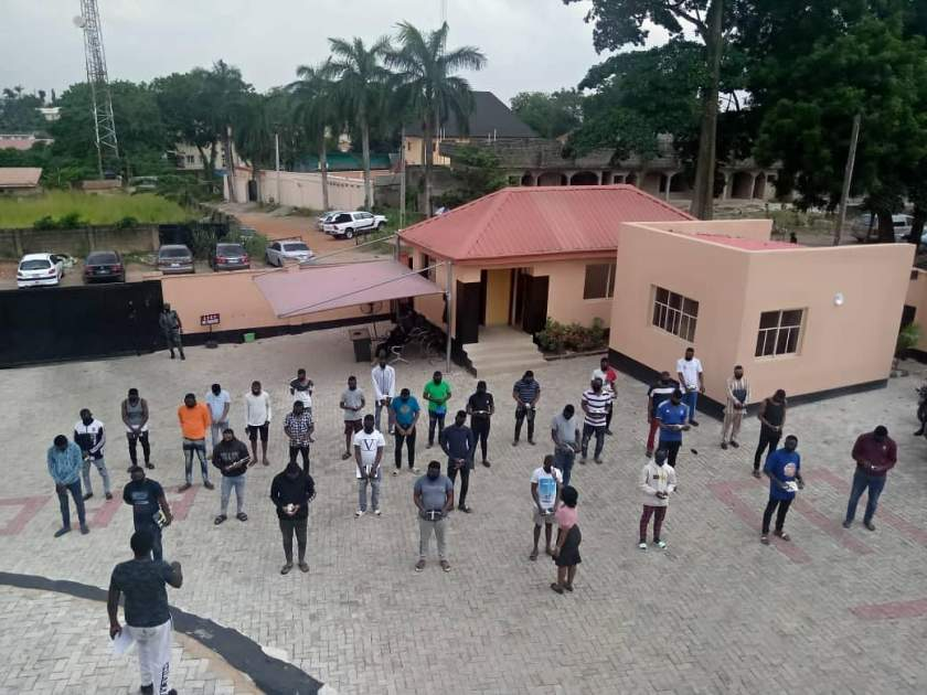 EFCC arrests 3 NYSC members, 19 undergraduates, 10 others for alleged internet fraud