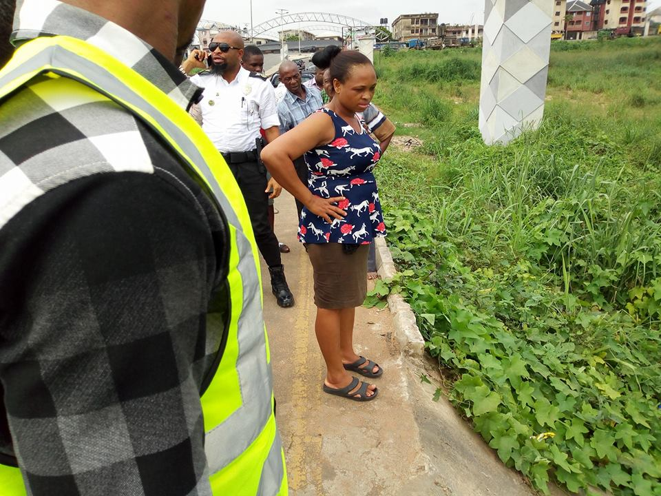 Driver Loses Control Of Car Falls Into Stream In Owerri Photos Lailasnews 2