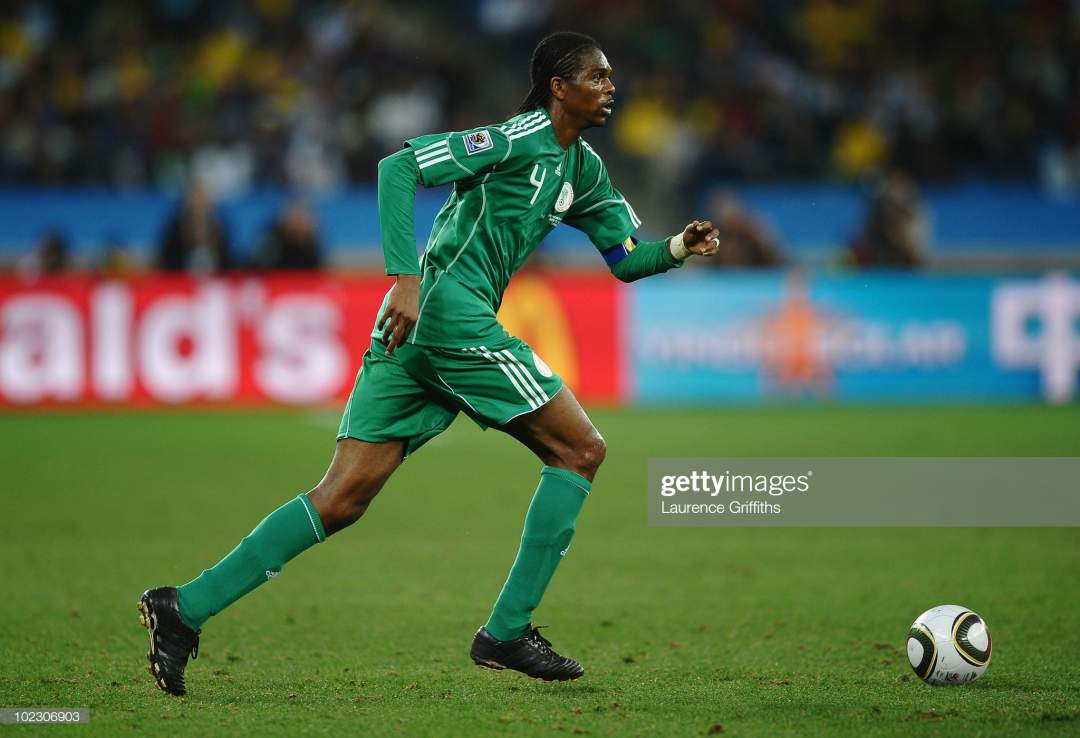 Nwankwo Kanu Of Nigeria Runs With The Ball During The 2010 Fifa World Picture Id102306903?s=28