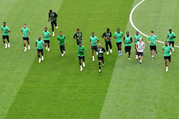 Nigerias Team Players Warm As They Take Part In A Training Session Of Picture Id983603570?k=6&m=983603570&s=&w=0&h=OGXYyLXvVUZinUpw6tViFOMPe2oW3rAs4LYSw8vL5Hg=