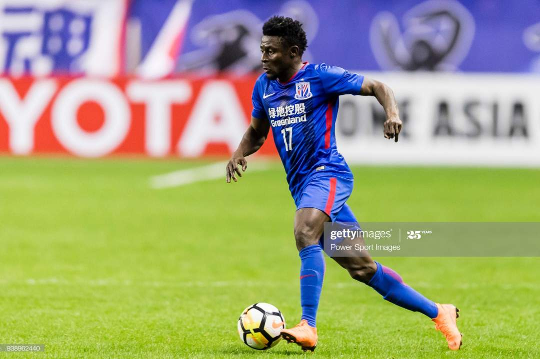 Obafemi Martins Of Shanghai Shenhua Fc In Action During The Afc H Picture Id938962440?s=28