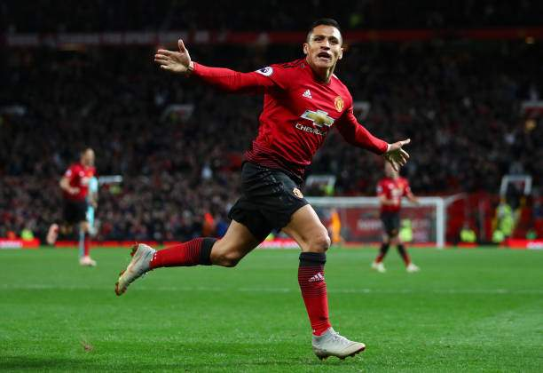 Alexis Sanchez Of Manchester United Celebrates After Scoring His Picture Id1046648542?k=6&m=1046648542&s=&w=0&h=bPqrasVpuuaOk5HXlhs_dbsF13iJmPIuxCaE6iayGqQ=