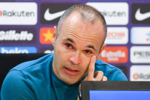 Andres Iniesta Of Fc Barcelona Faces The Media During A Press At The Picture Id951861794?k=6&m=951861794&s=&w=0&h=iMZ0qKHD4FlTGoDQK923enlMYl35R7hXSQlkEke5x4g=