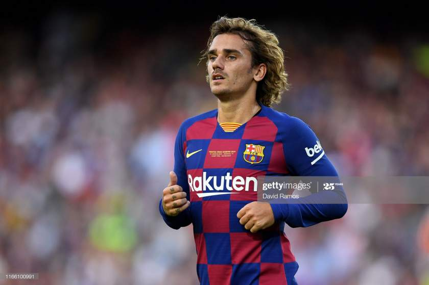 Antoine Griezmann Of Fc Barcelona Looks On During The Joan Gamper Picture Id1166100991?s=28