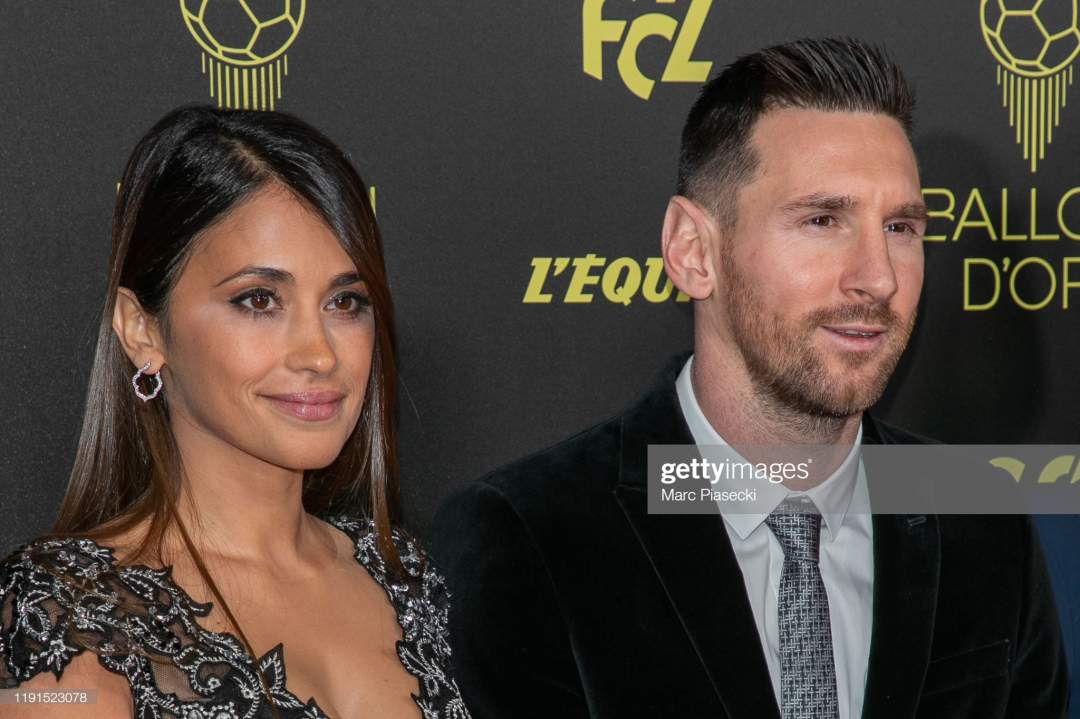 Antonella Roccuzzo And Husband Lionel Messi Attend The Photocall The Picture Id1191523078?s=28