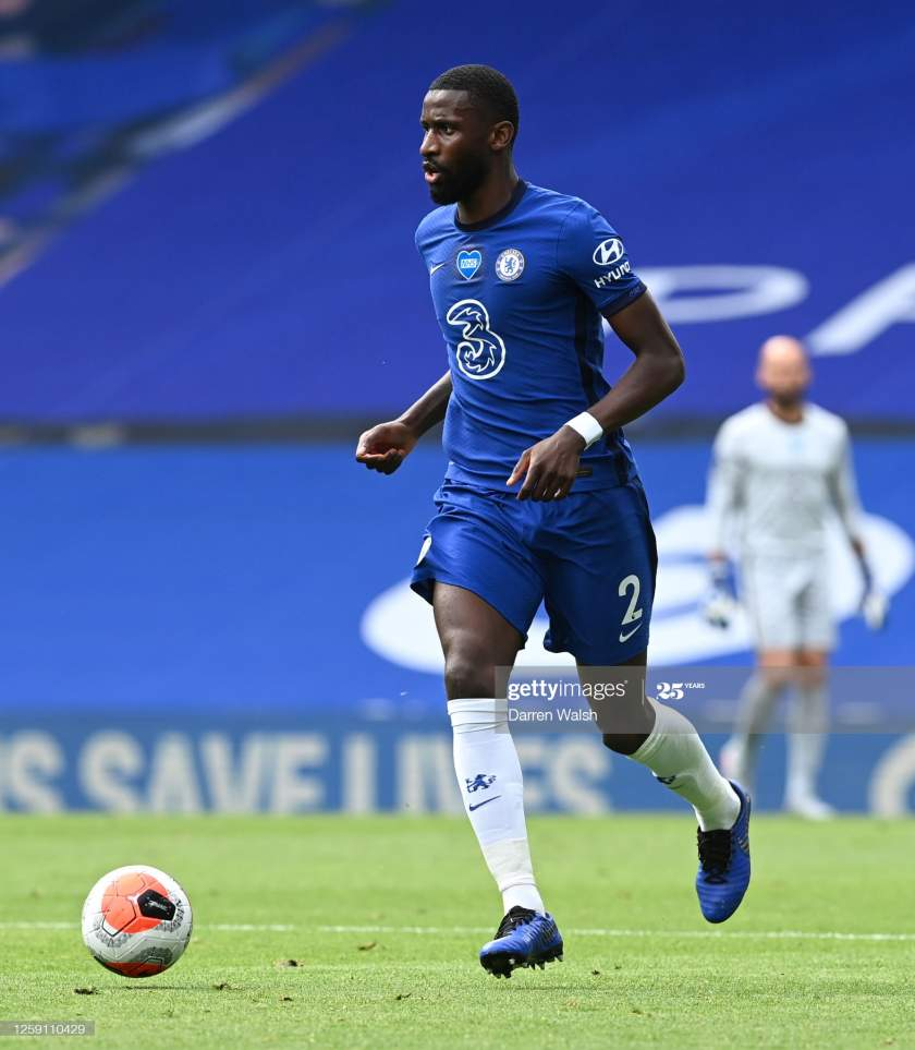 Antonio Rudiger Of Chelsea Runs With The Ball During The Premier Picture Id1259110429?s=28