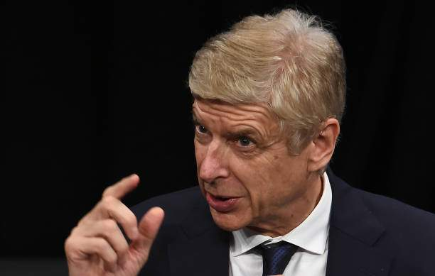 Arsene Wenger Speaks To The Media At Yoshimoto Hall On October 24 In Picture Id1177862312?k=6&m=1177862312&s=&w=0&h=xXWHiW5OcwDzAPwWDCrRAqOdbAoStK4c4hNWvILpjdE=
