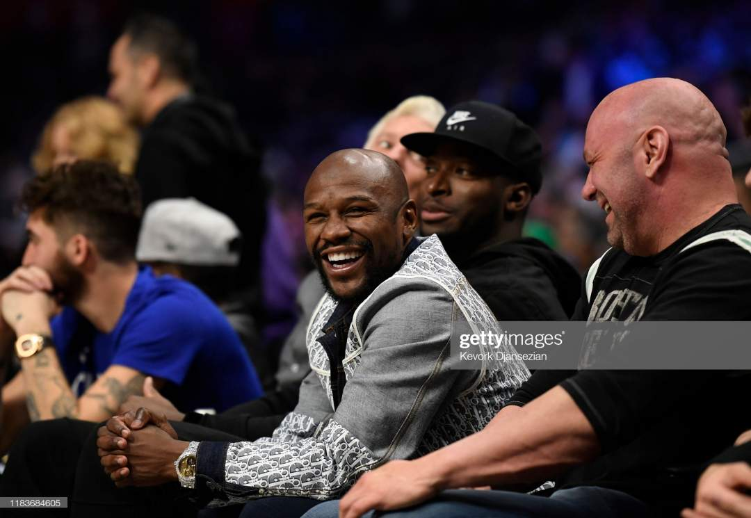 Boxer Floyd Mayweather Jrand Ufc President Dana White Seated Together Picture Id1183684605?s=28