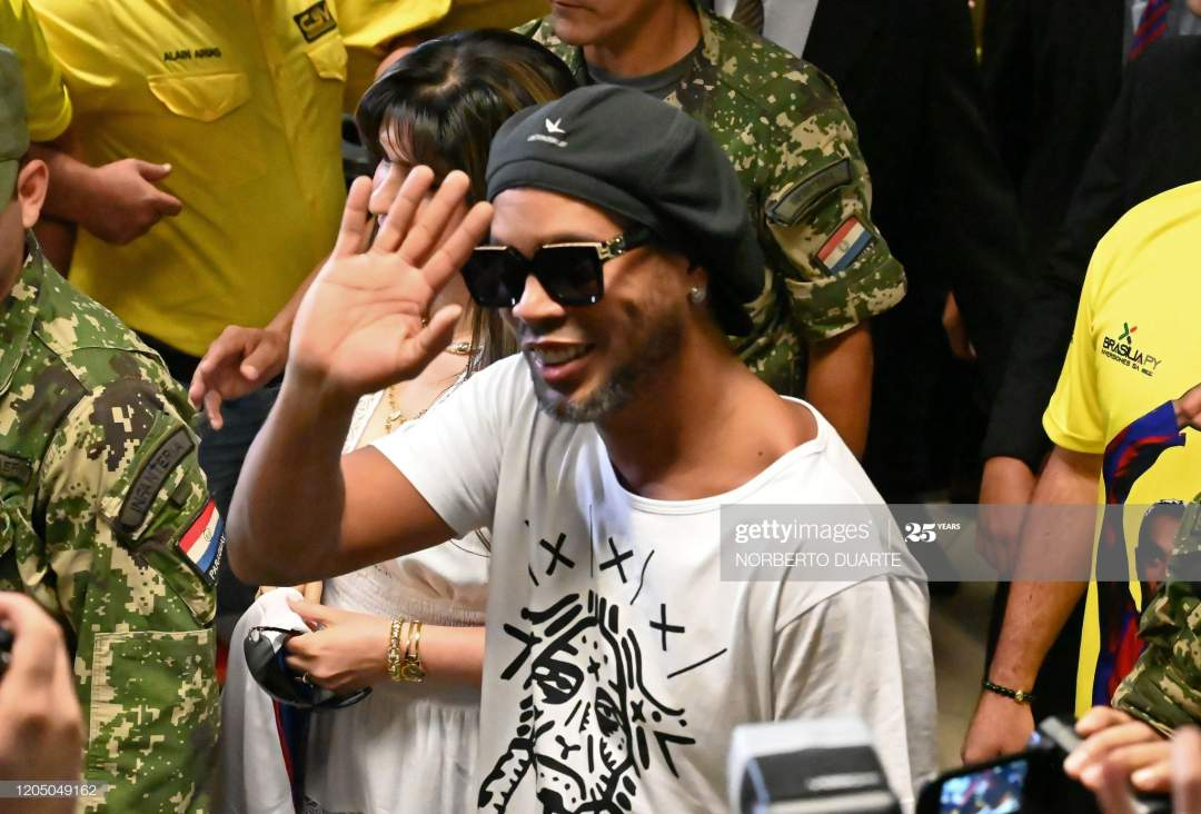 Brazilian Exfootball Star Ronaldinho Gaucho Waves Upon Arriving At Picture Id1205049162?s=28