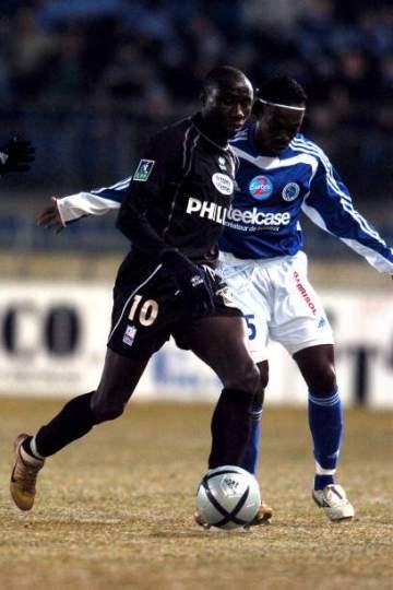 Sad day as African football star dies in Paris after battle against heartbreaking disease