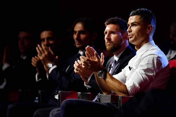 Cristiano Ronaldo Of Juventus And Lionel Messi Of Fc Barcelona React Picture Id1170963008?k=6&m=1170963008&s=&w=0&h=5jag9CCsMxOpR6if5EwYlgB7SXur5ndARv8z0jOvfVc=