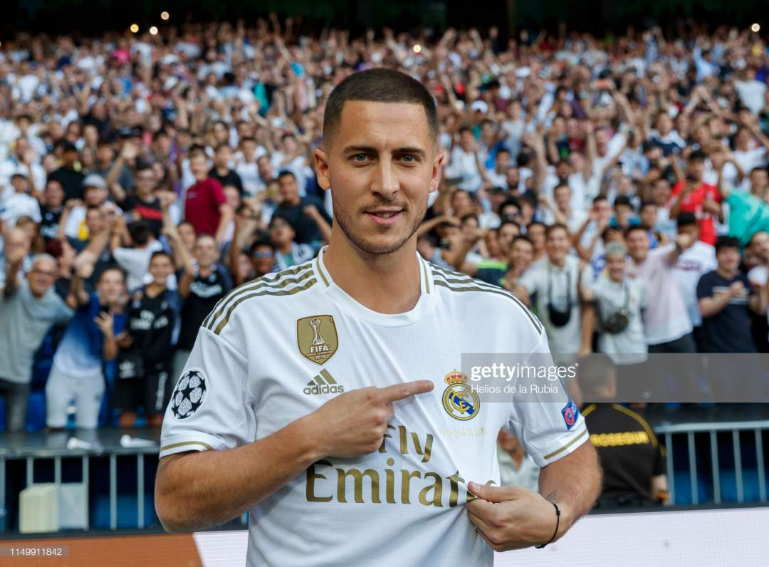 Eden Hazard Of Real Madrid Poses During His Official Presentation At Picture Id1149911842?s=28