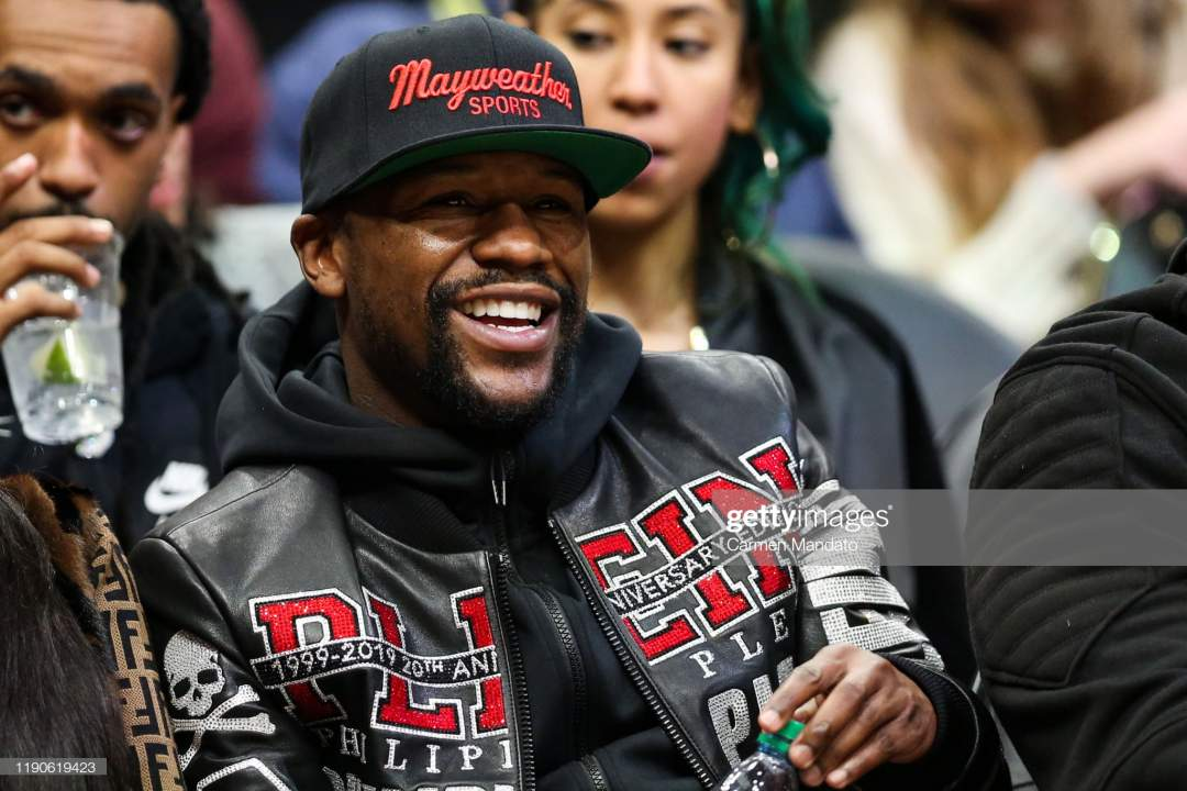 Floyd Mayweather Is Seen At A Game Between The Atlanta Hawks And The Picture Id1190619423?s=28