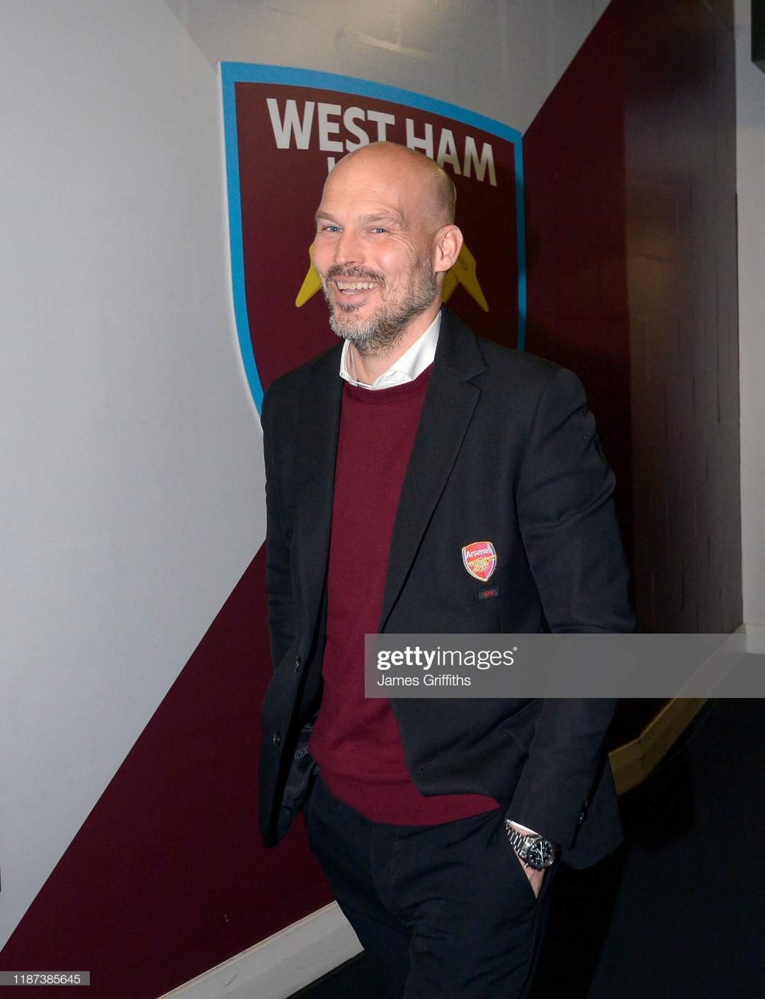 Freddie Ljunberg Of Arsenal Arrives At London Stadium Prior To Kick Picture Id1187385645?s=28