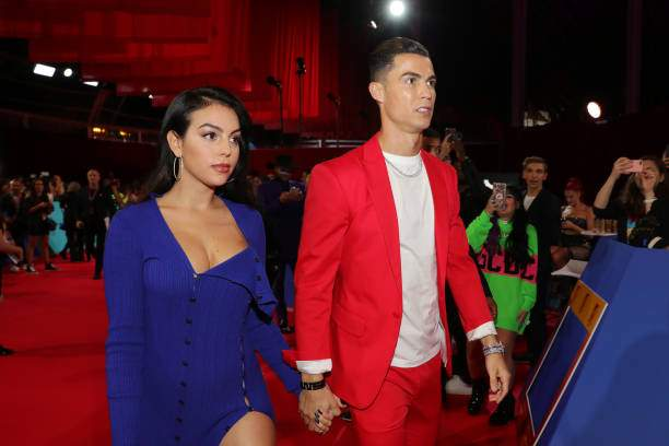 Georgina Rodriguez And Cristiano Ronaldo Attend The Mtv Emas 2019 At Picture Id1185714112?k=6&m=1185714112&s=&w=0&h=W4rYgIhs1Yu5Xh87x9bHcg72f R_xhMskx0yMNLwqHo=