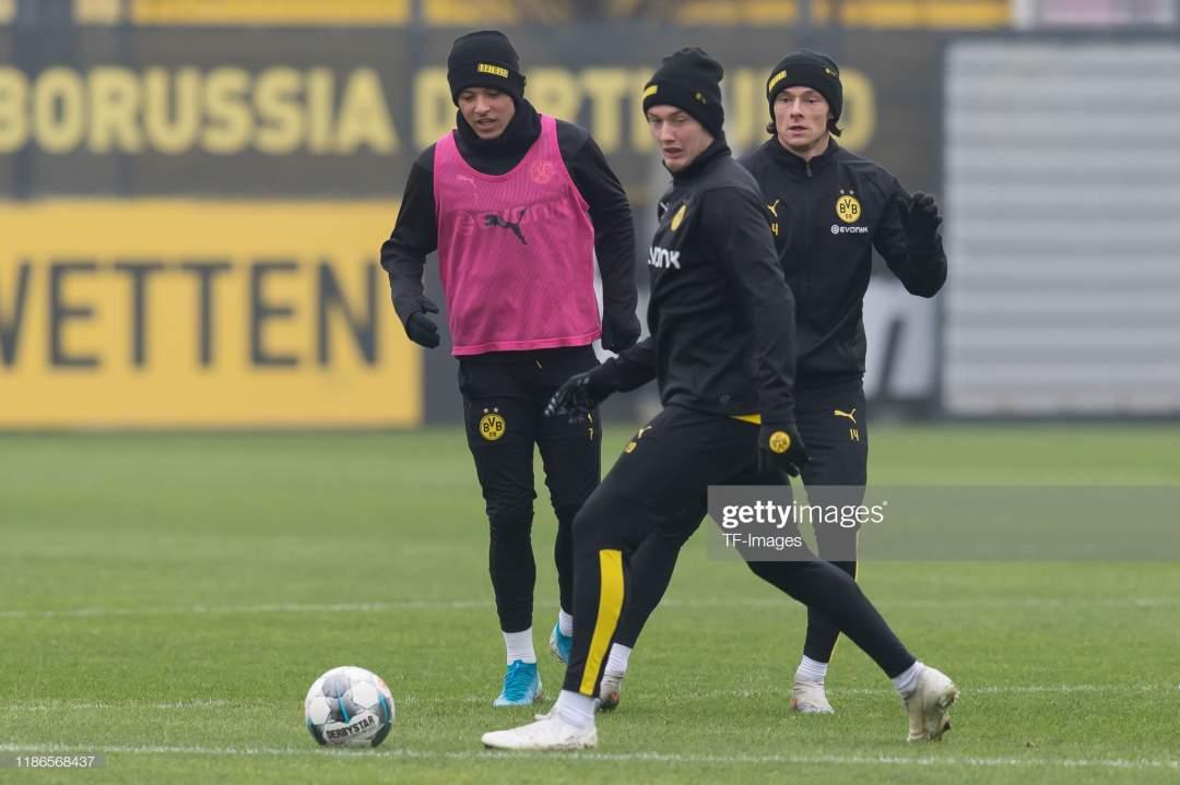 Jadon Sancho Of Borussia Dortmund Nico Schulz Of Borussia Dortmund Picture Id1186568437?s=28