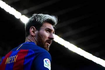 How Diego Maradona helped Messi to become a super free-kick taker