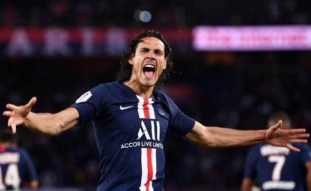 Transfer: Cavani takes decision on signing for Man Utd