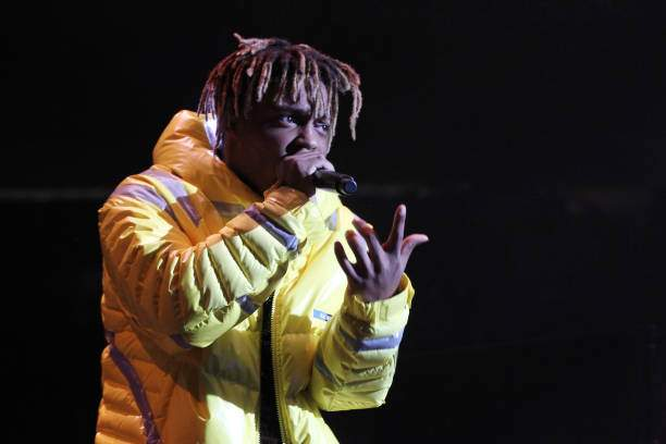 Rapper Juice Wrld Performs At Power 1051s Powerhouse 2018 At Center Picture Id1054809672?k=6&m=1054809672&s=&w=0&h=2PQeokHdz3U FN7iHAOZ7YidggFQh0lG 2tq_el4TQQ=
