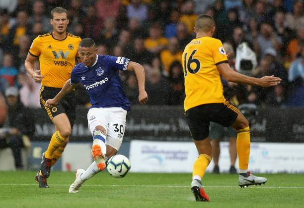 Richarlison Of Everton Scores His And Evertons Second Goal During The Picture Id1015311186?k=6&m=1015311186&s=&w=0&h=DjIDzI96g0e3xrtAK29oNYFpRqBoRtI1uP4sSVRVZqg=