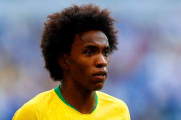 Barcelona submit third bid of £55m for Chelsea star Willian