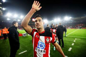 Arsenal confirm loan signing of Cedric Soares from Southampton
