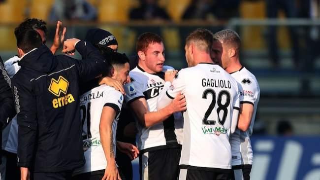 Serie A return under threat as 2 big stars in Italian club test positive for COVID-19
