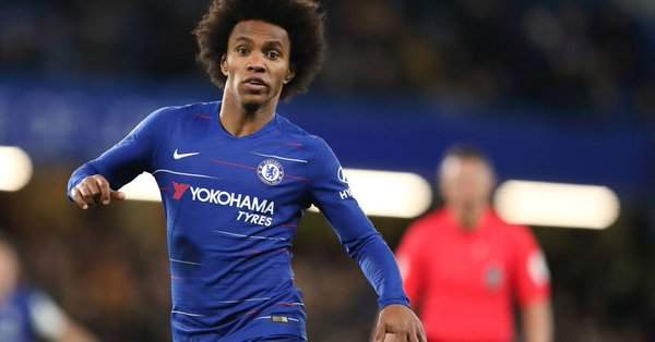 Chelsea star set to quit Stamford Bridge over new deal amid PSG and Barcelona interest
