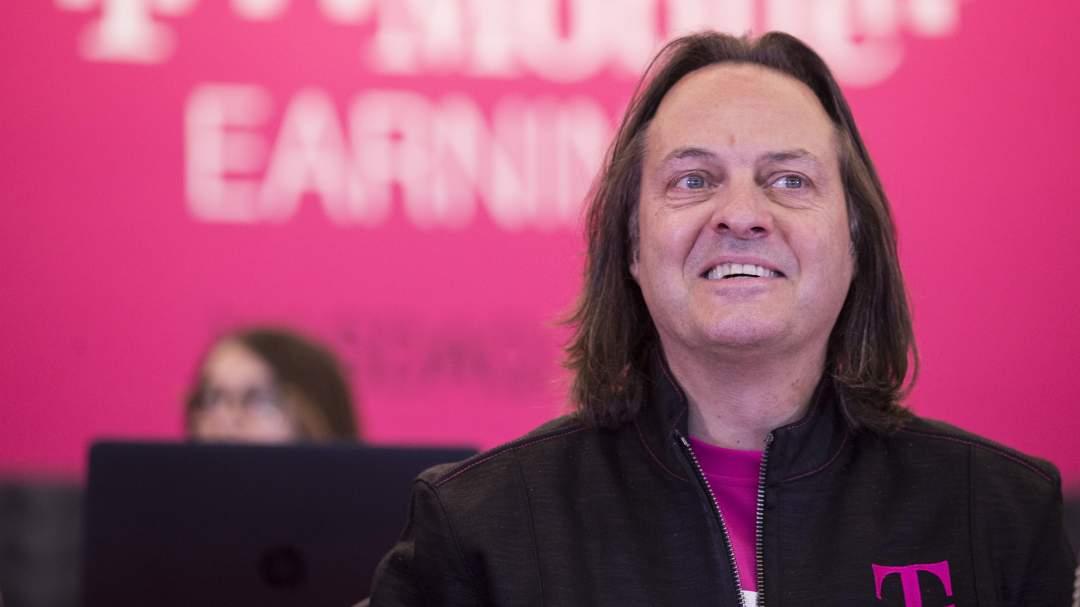 T-Mobile CEO John Legere Pokes Fun at Verizon's Go90 Closure